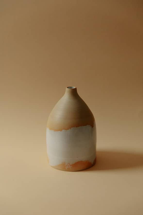 Flaschenhals_Vase_gross_Hodges_Ceramics_MHaenggi_photography_JHunn